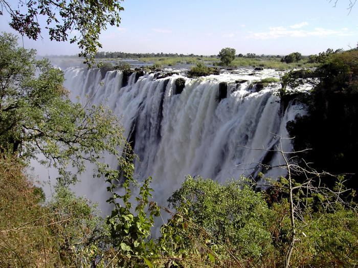 kaththe-eastern-cataract-on-the-zambian-side