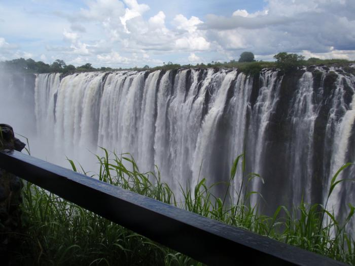 kathvictoria-falls-great-water-view