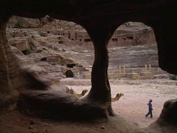 th_petra-nabataean-theater_2814_600x450