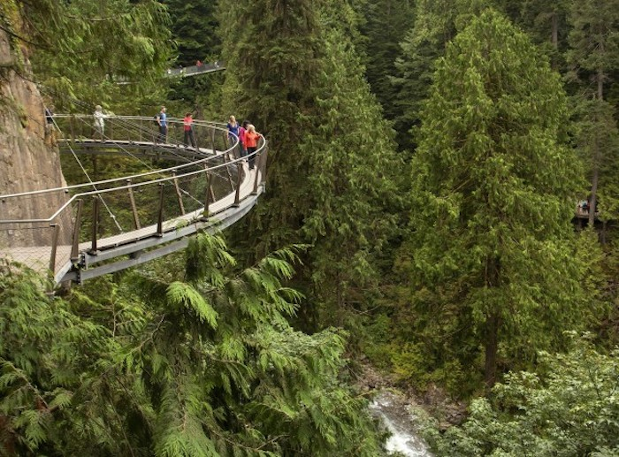 Capilano-Bridge-wcth08-640x473