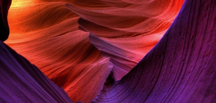 antelope-canyon-photos-violet-colors-640x360