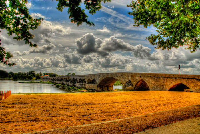 Pont de Beaugency, Loiret, France